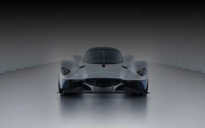 Új uralkodó érkezik a királykategóriába: Aston Martin Valkyrie